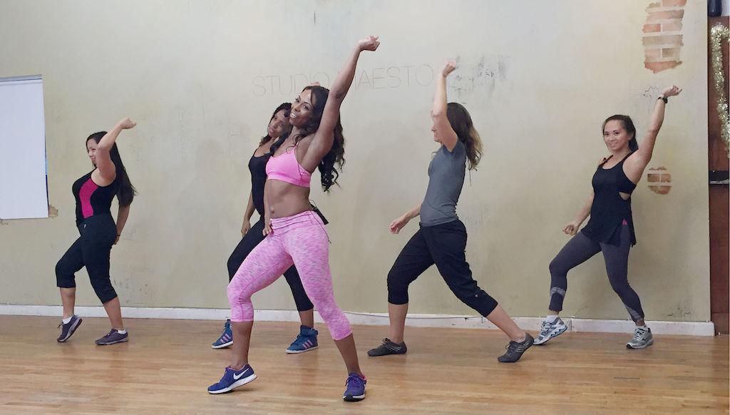 Hip Hop Abs Dance Workouts Screenshot