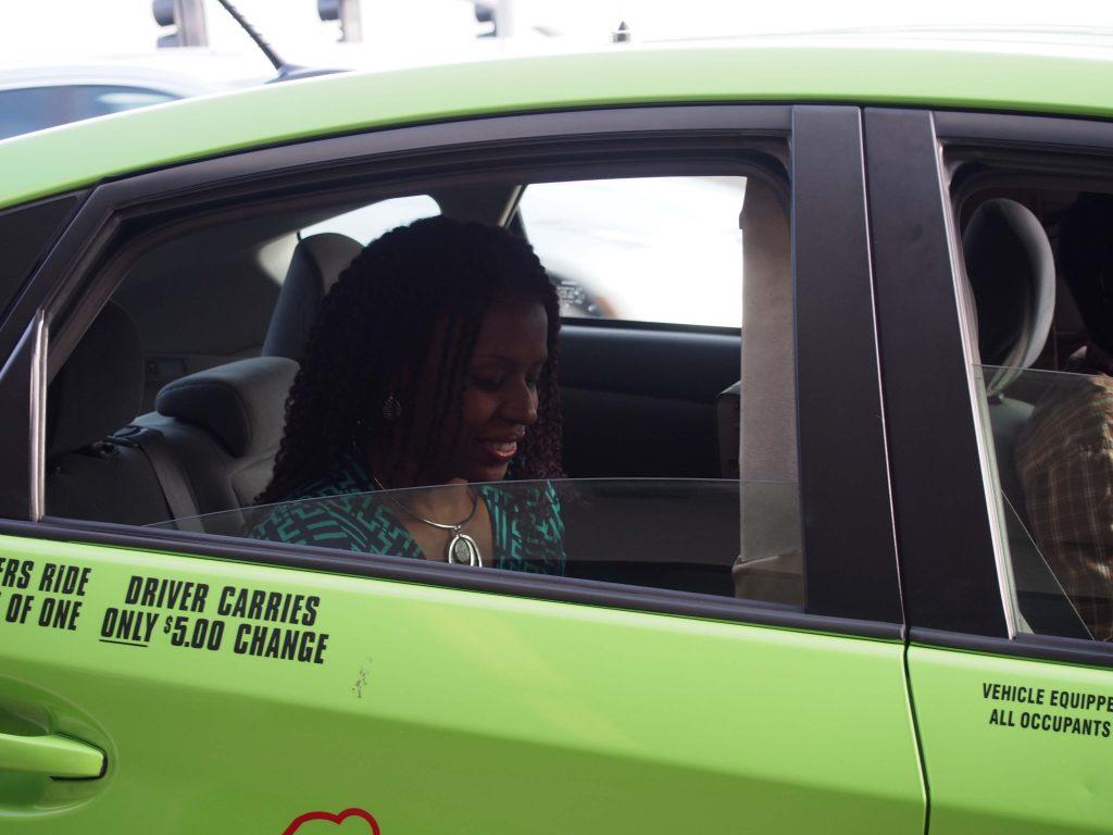 Nya in Taxi